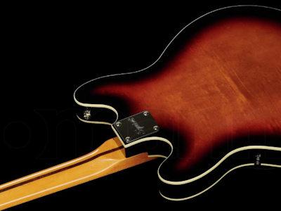 Fender SQ CV Starcaster MN 3-SB